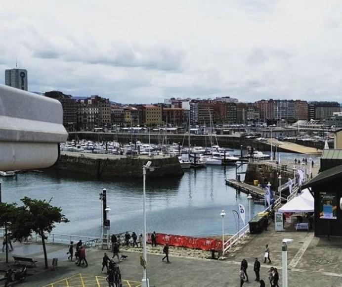 Alerta por fenómenos costeros y vientos en Asturias
