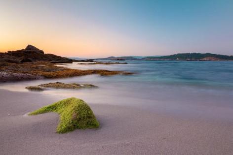 Las mejores playas en Galicia para practicar deportes acuáticos