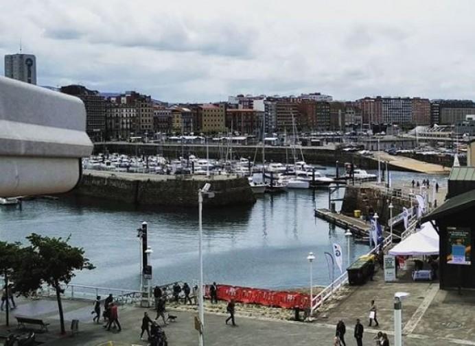 Mejorada la cam del puerto deportivo de Gijón